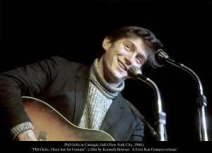Phil Ochs in Carnegie Hall (New York City, 1966).